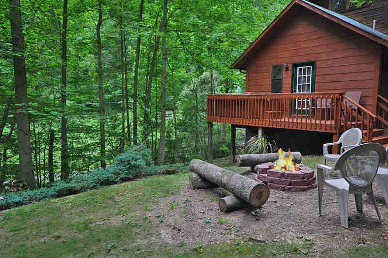 Black Bear Creek Cabin 2 Bedroom 2 Bathroom Sleeps 6