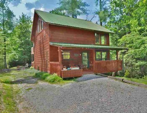 Black Bear Mountain Cabin – 4 bedroom 4 bathroom/sleeps 10