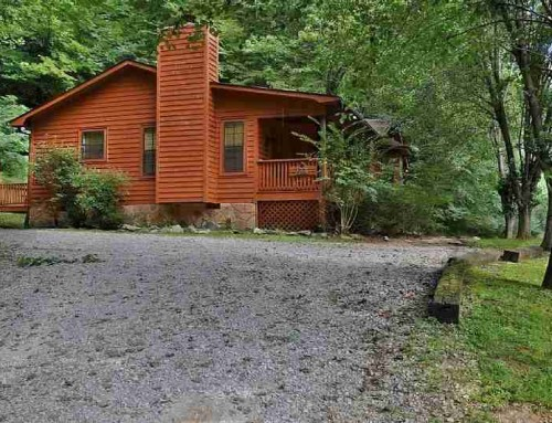 Black Bear Ridge Cabin – 2 bedroom 2 bathroom/sleeps 6
